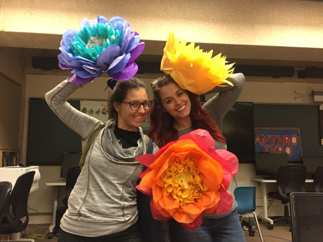 crafternoon paper flowers.JPG